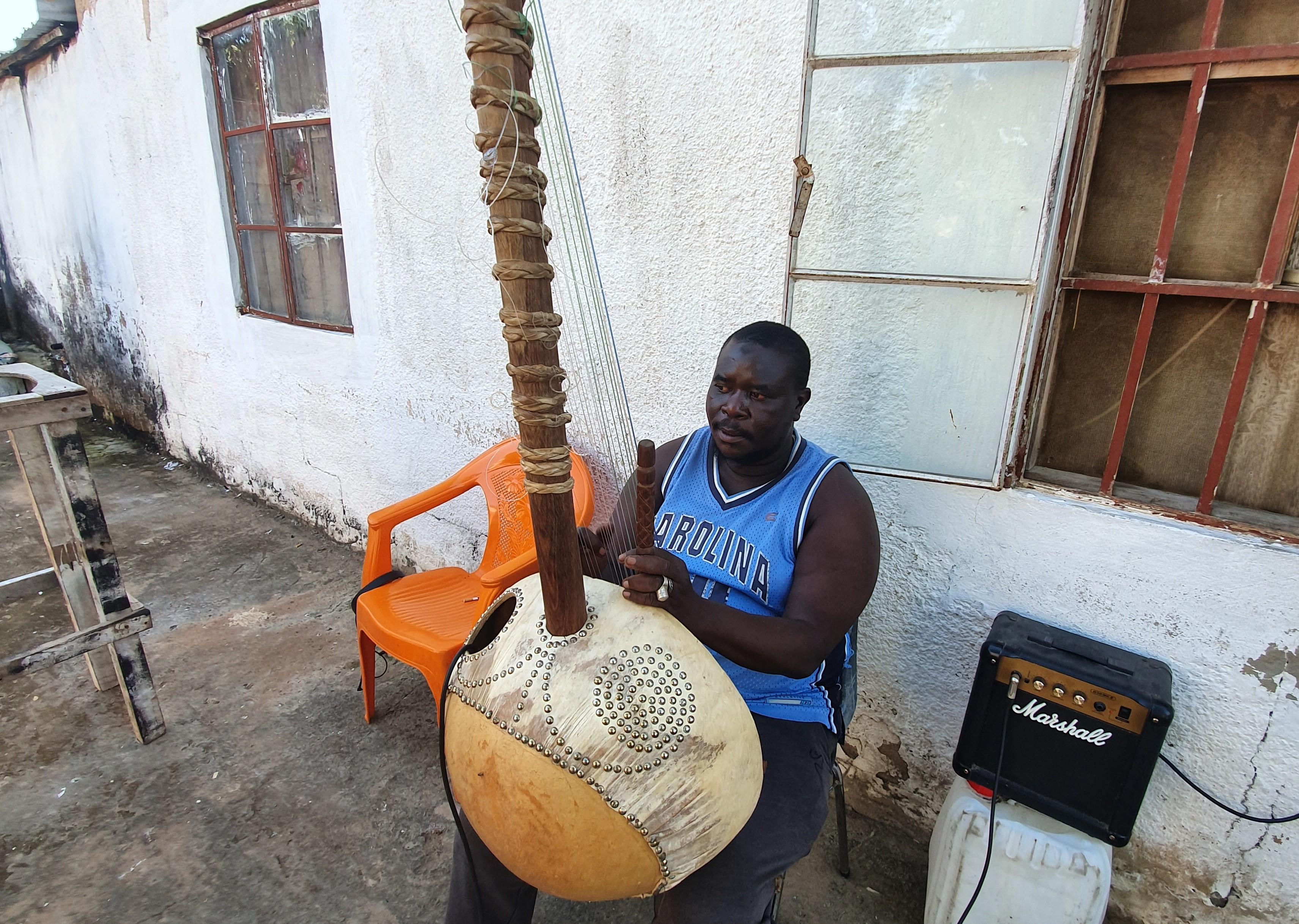Płyta CD z tradycyjną, gambijską muzyką