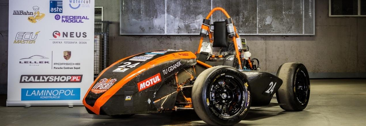 Wyjazd na zawody serii Formula Student i zakup części do ukończenia budowy bolidu