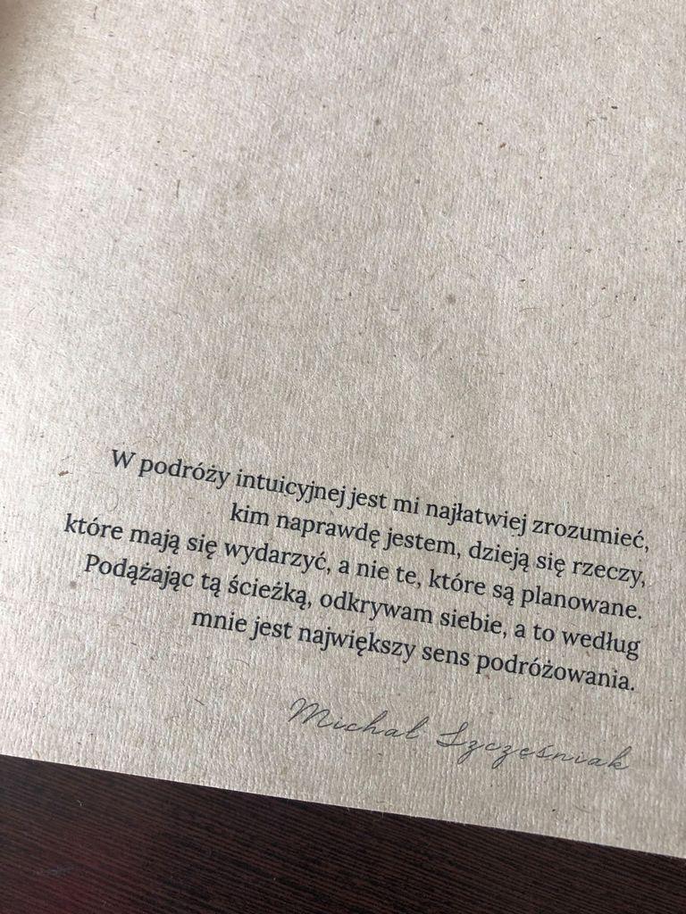 Książka na papierze konopnym + upominek