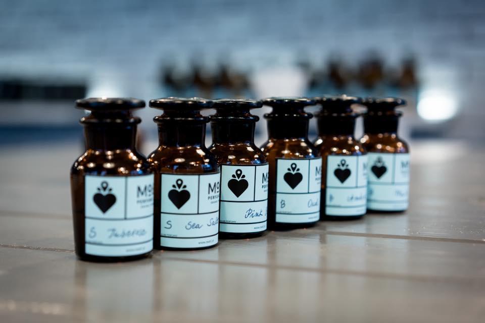Skomponowanie unikatowych perfum w Mo61 Perfume Lab (50 ml)