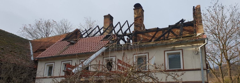 Odbudowa spalonego domu w Rościszowie