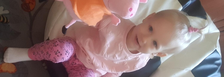 Na leczenie i rehabilitację nóżki córeczki