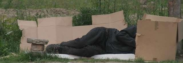 Schronisko i noclegownia dla bezdomnych wraz z ciepłymi posiłkami.