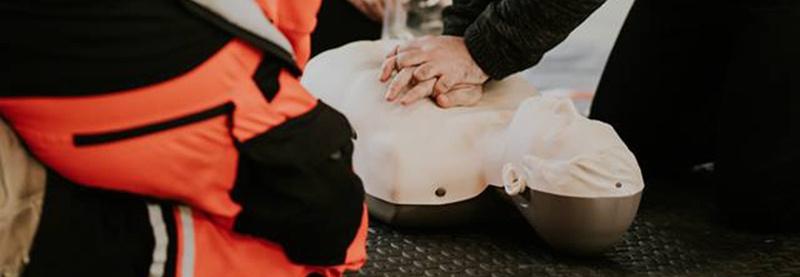 Projekt społeczny GOTOWI DO RATOWANIA. Uczymy bezpłatnie jak ratować ludzkie życie i zdrowie!